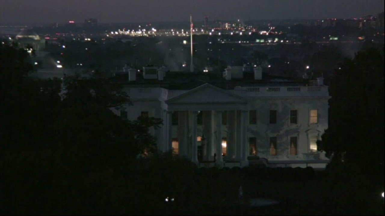 Timelapse of sunrise over the White House
