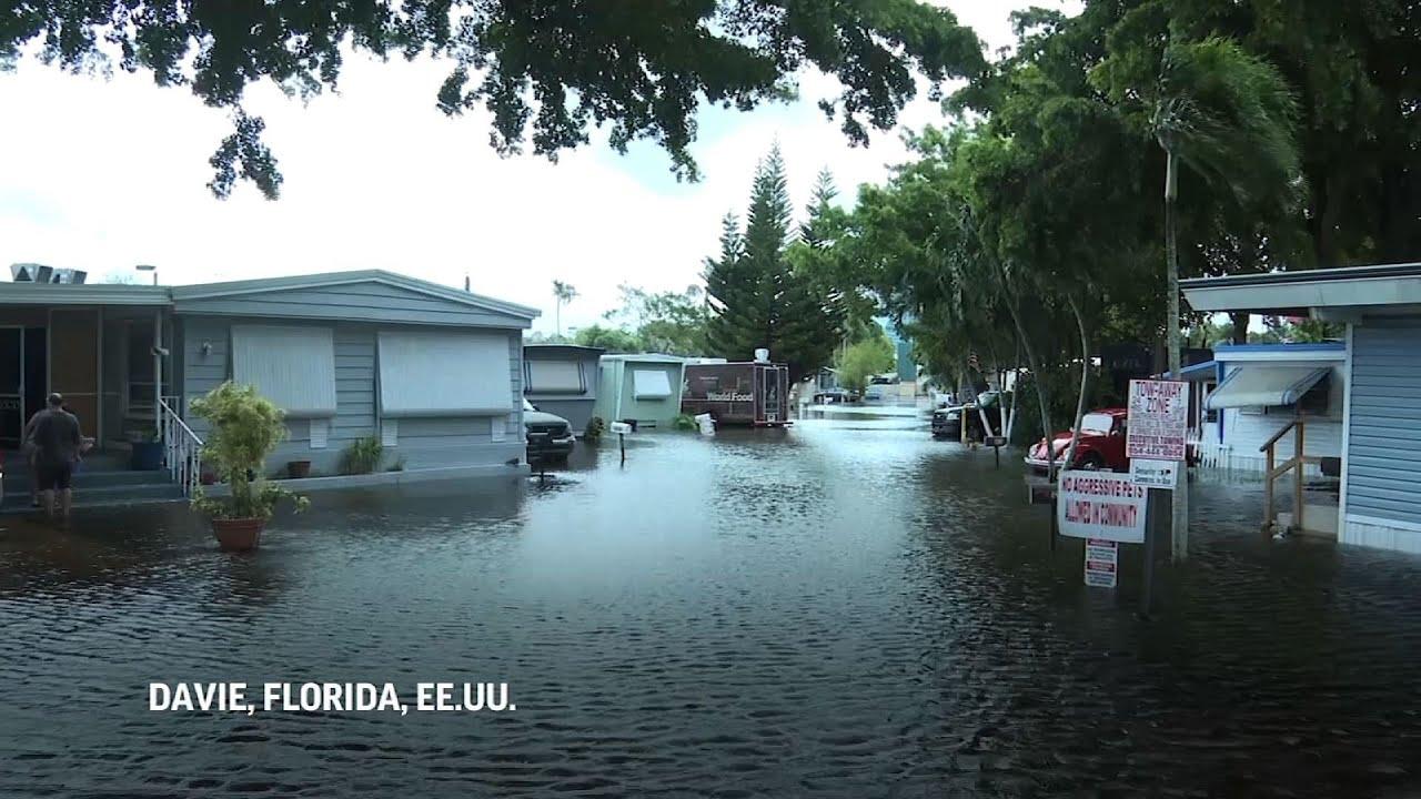 Florida lidia con inundaciones tras los aguaceros de Eta