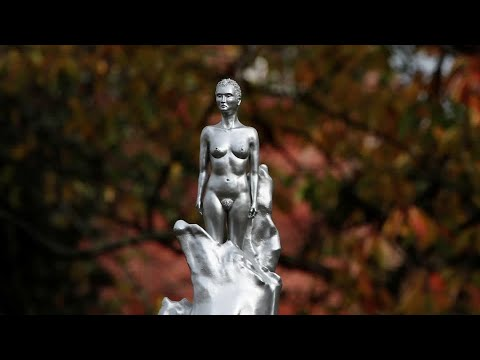 Nude statue of a feminist icon sparks fury
