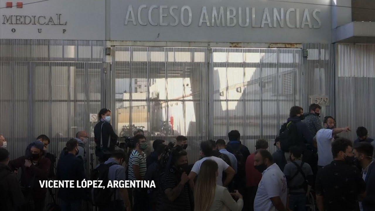 Maradona recibe alta médica y abandona clínica