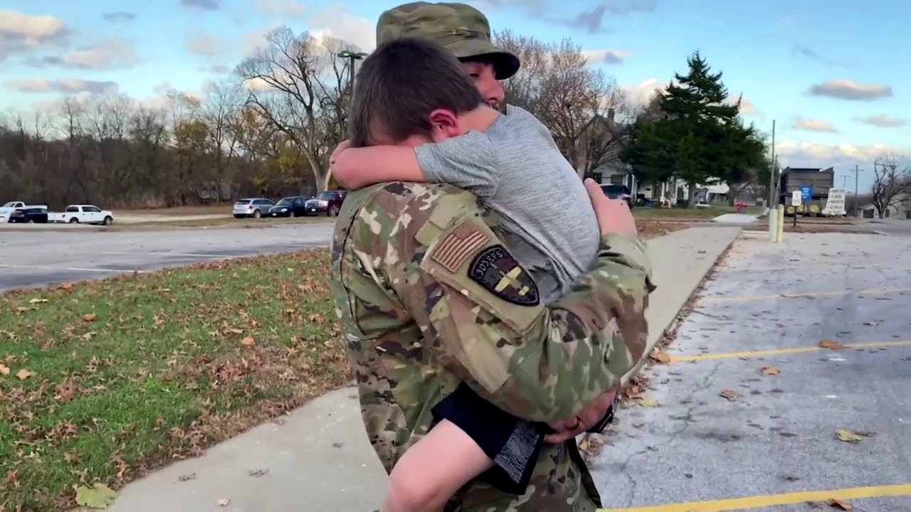 Soldier's son overwhelmed after surprise reunion