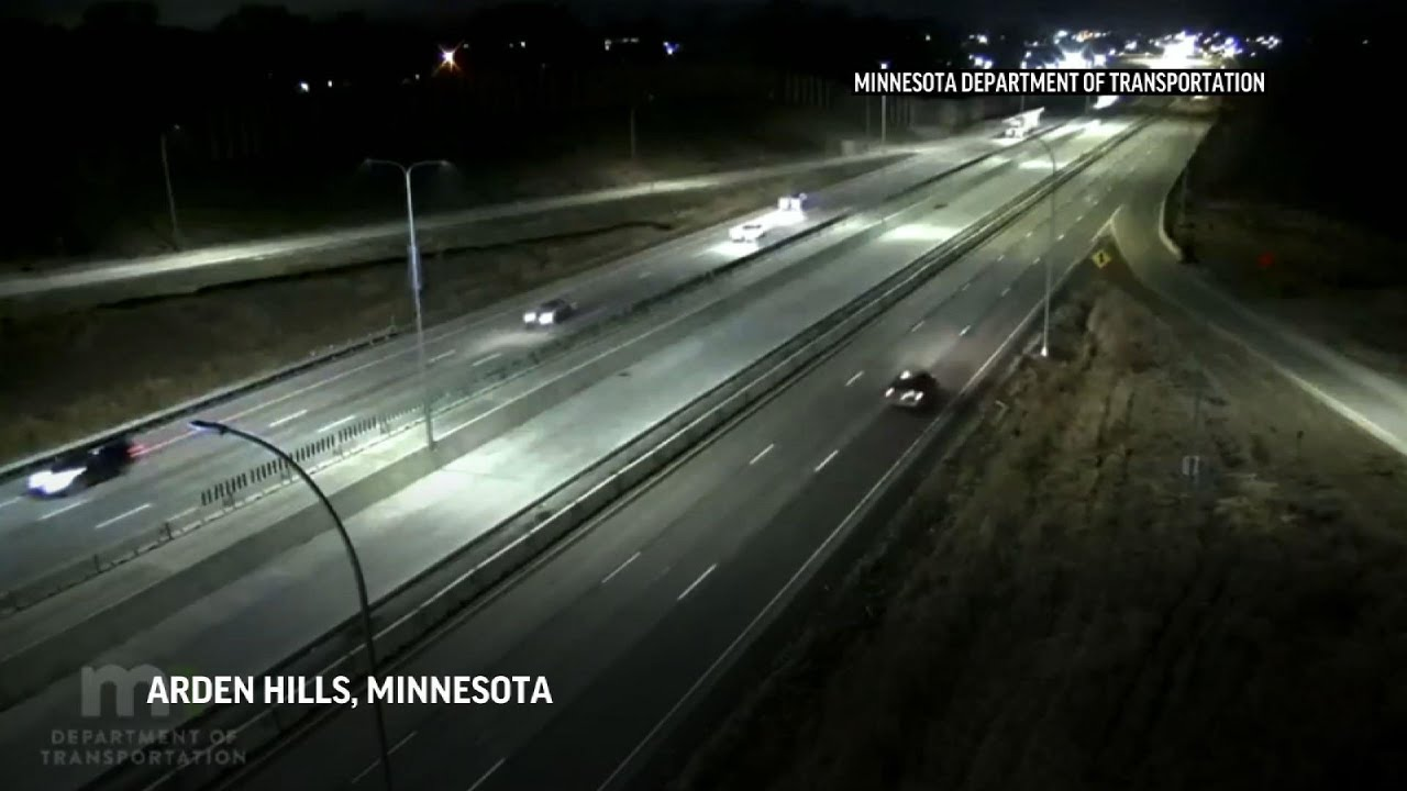 Plane makes emergency landing on Minnesota highway