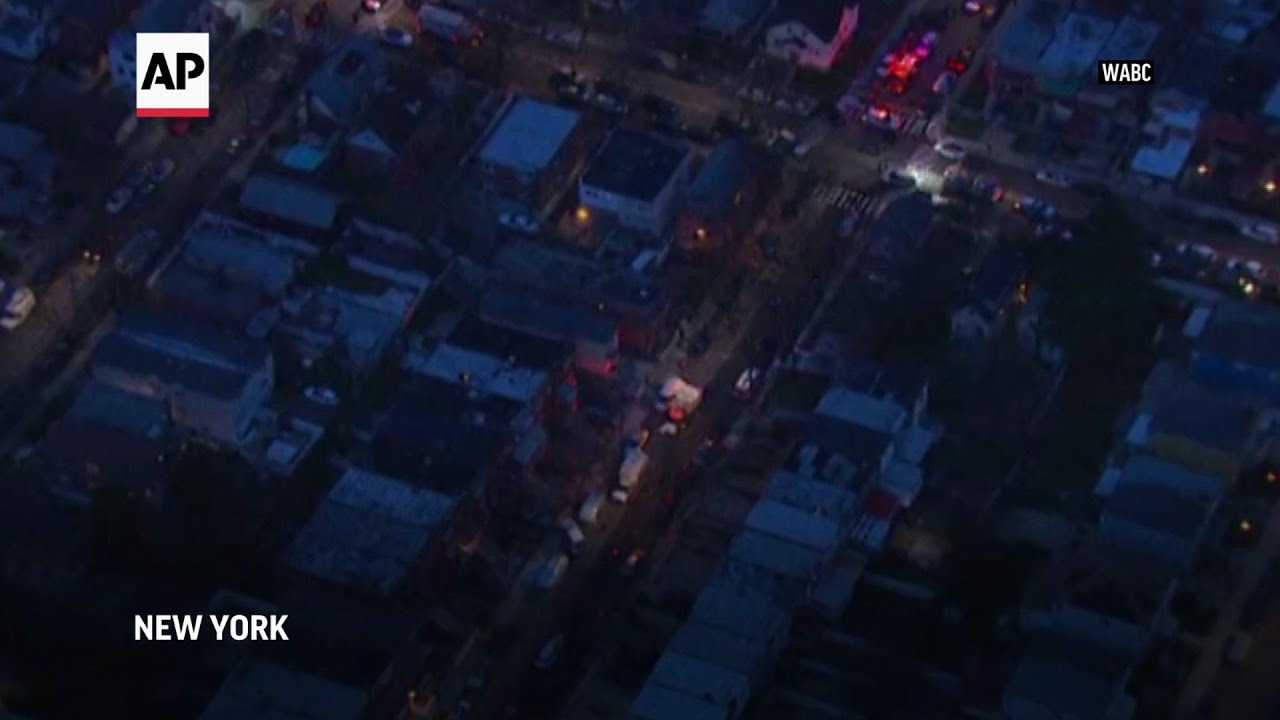 Police say at least 2 US marshals shot in New York