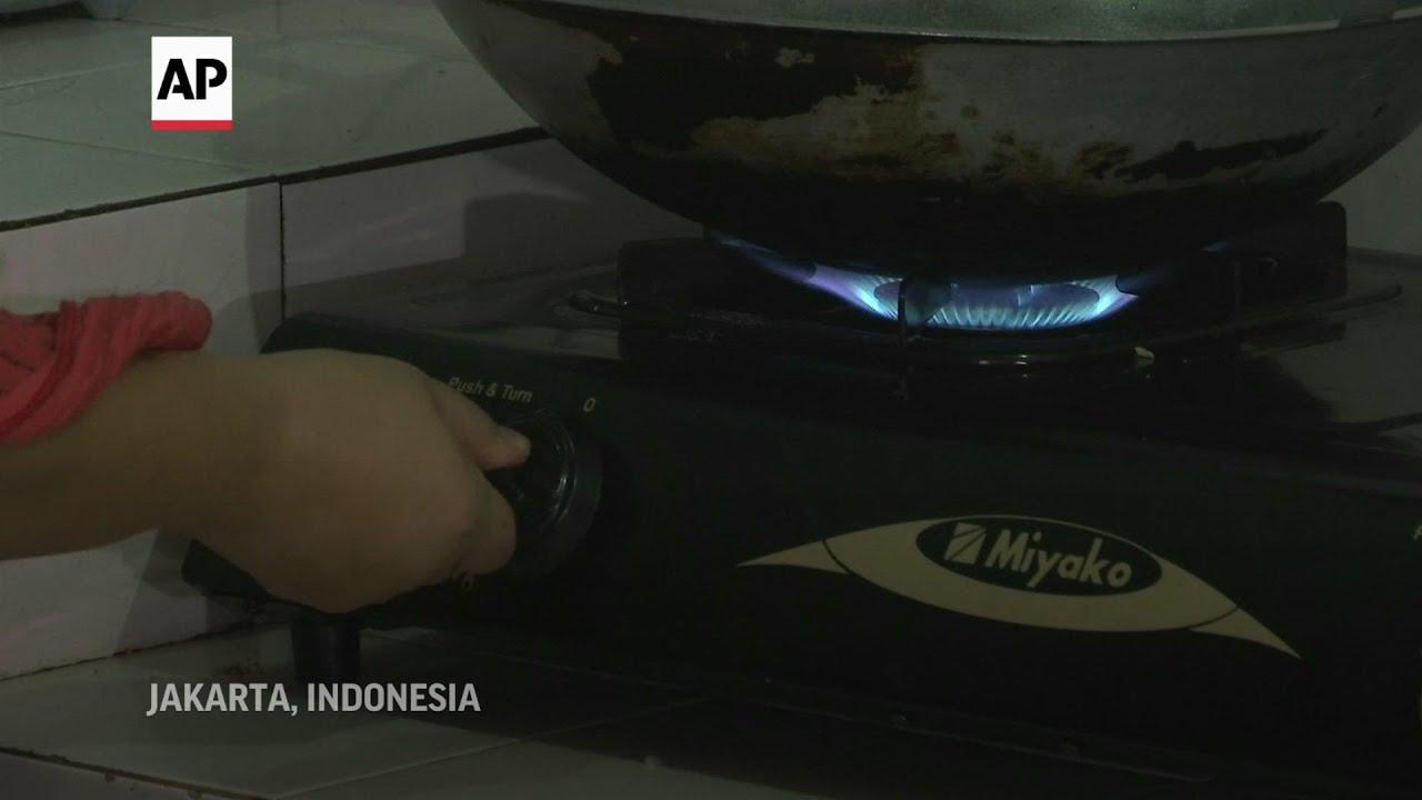 Vendors grow businesses in virtual Indonesia bazaar