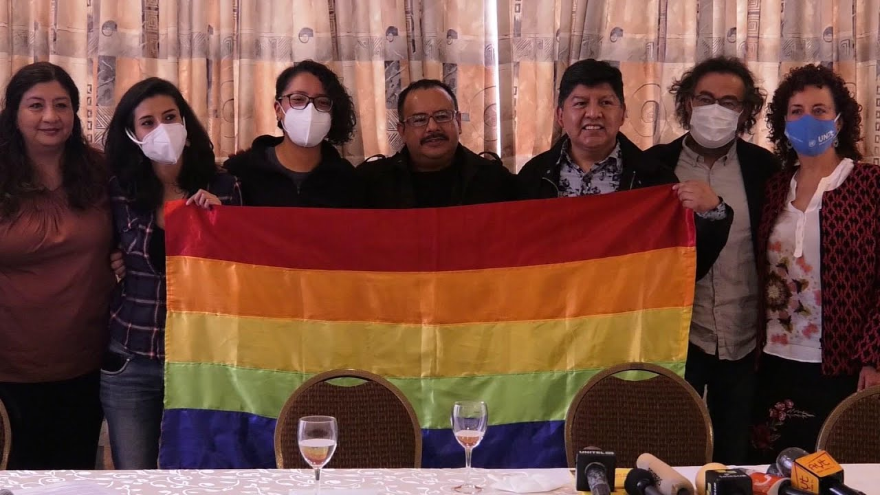 Bolivia recognises gay couple's union for 1st time