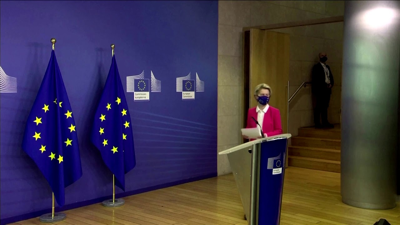 UK and EU push Brexit trade talks beyond deadline