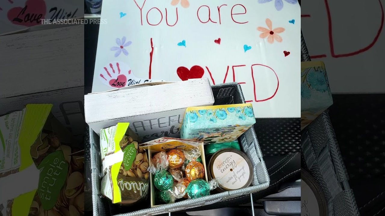 Woman does 53 acts of kindness for 53rd birthday