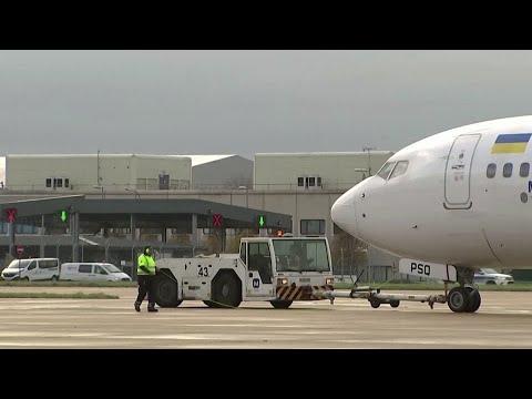 EU countries block travel due to UK COVID strain