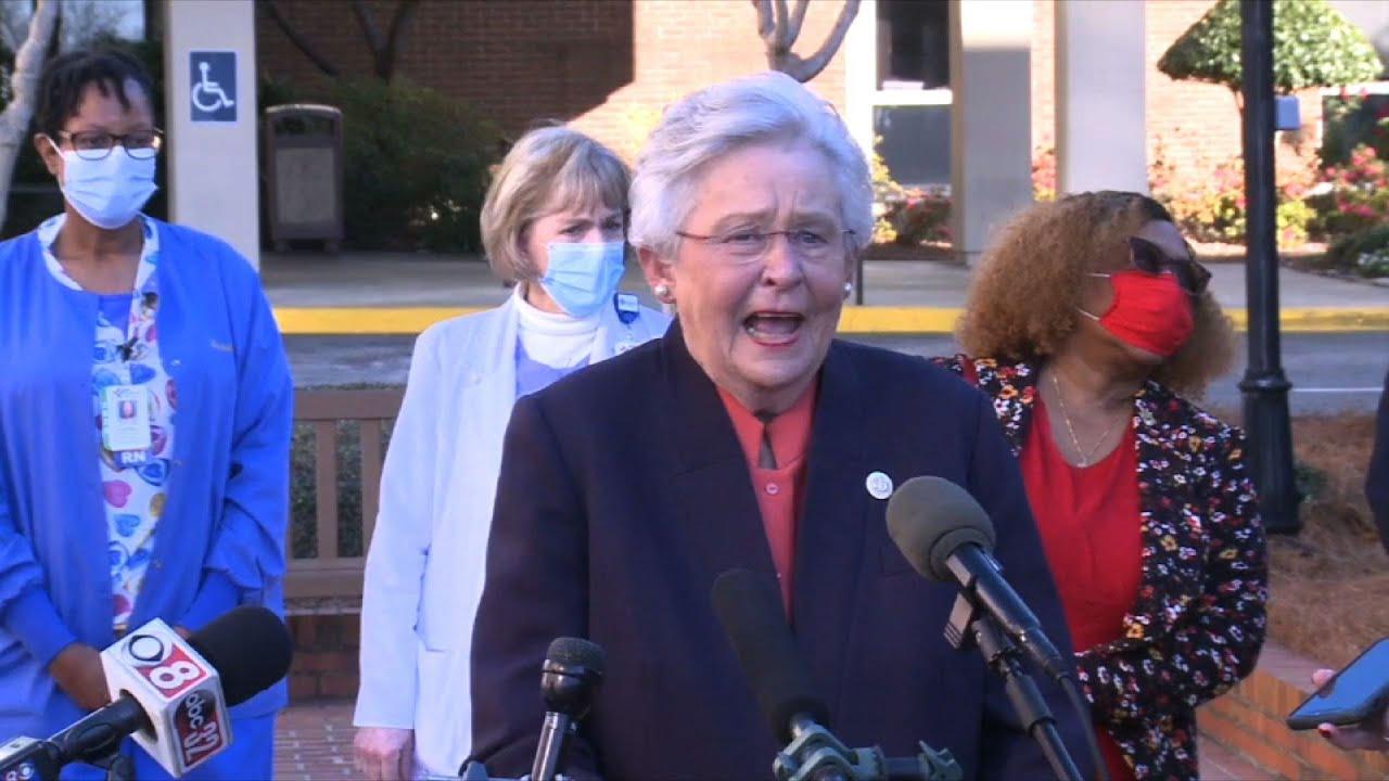 Alabama Governor Ivey gets COVID-19 vaccine