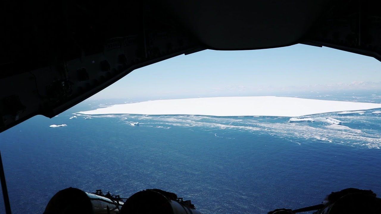 Huge iceberg in South Atlantic begins to break up