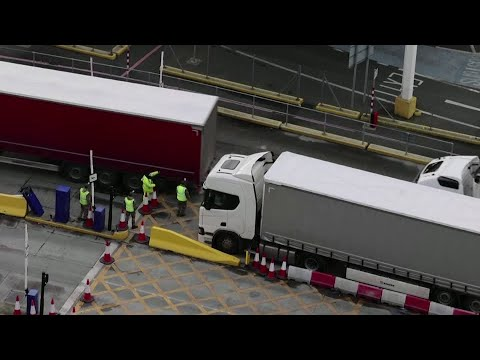 Britain sends more troops to Dover to clear truck lines