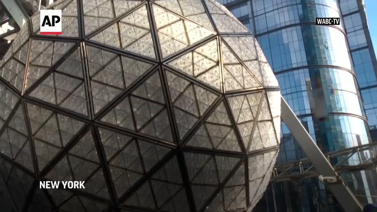 Crystals installed on Times Square New Year's ball