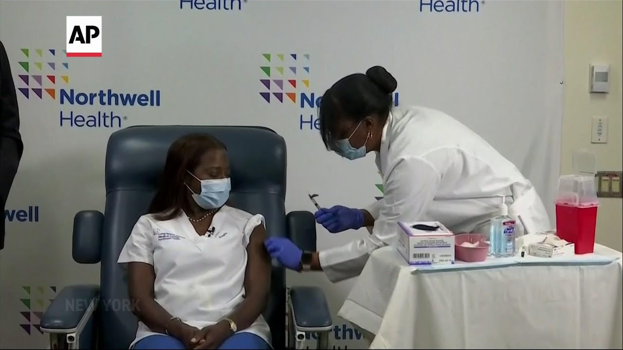First nurse vaccinated in NY gets second dose