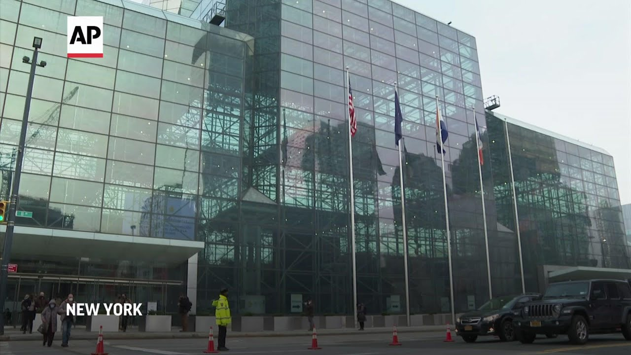 Javits Center in NYC opens for mass vaccinations