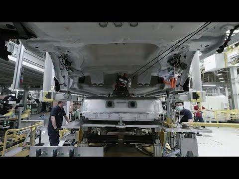 European new car sales see record drop