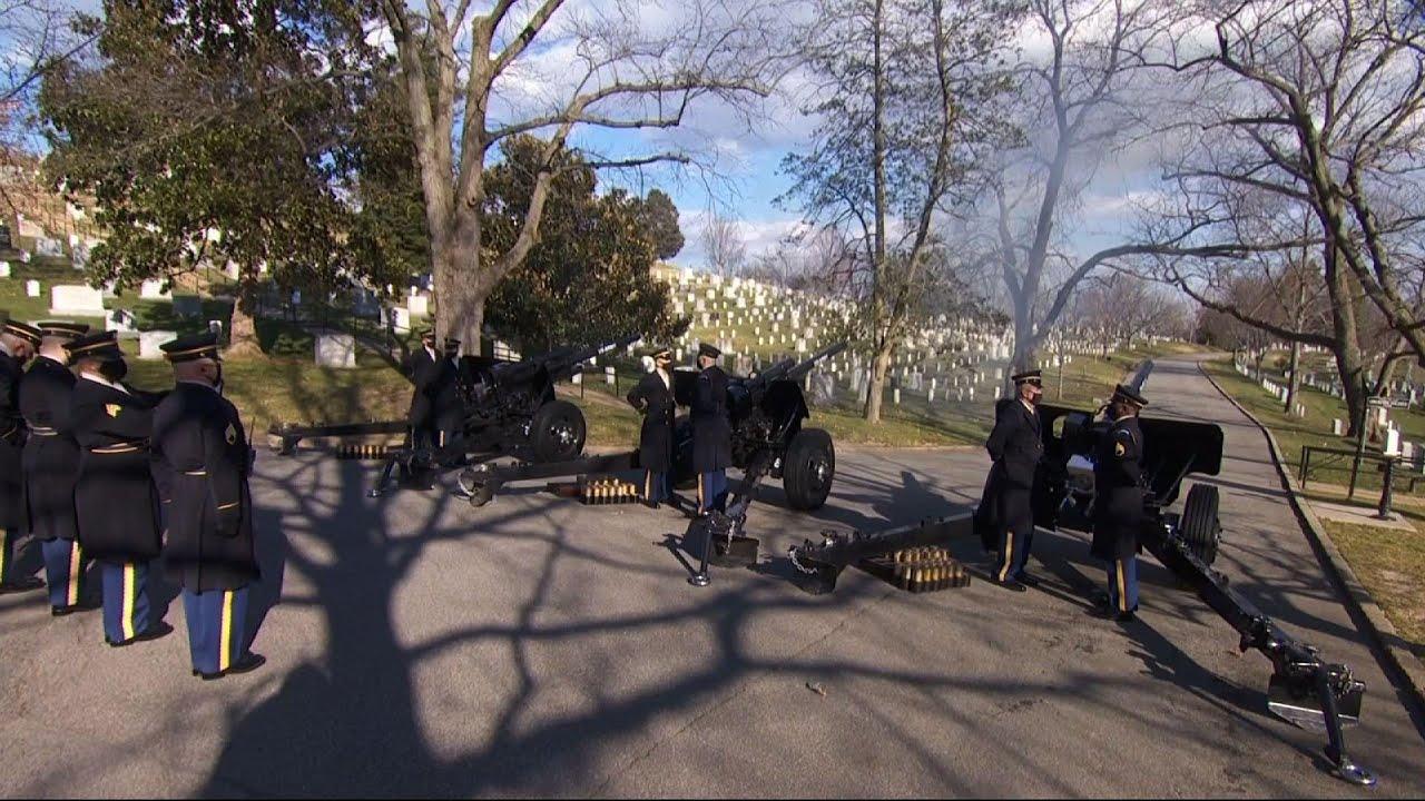 Biden, Harris lay wreath at Arlington Cemetery