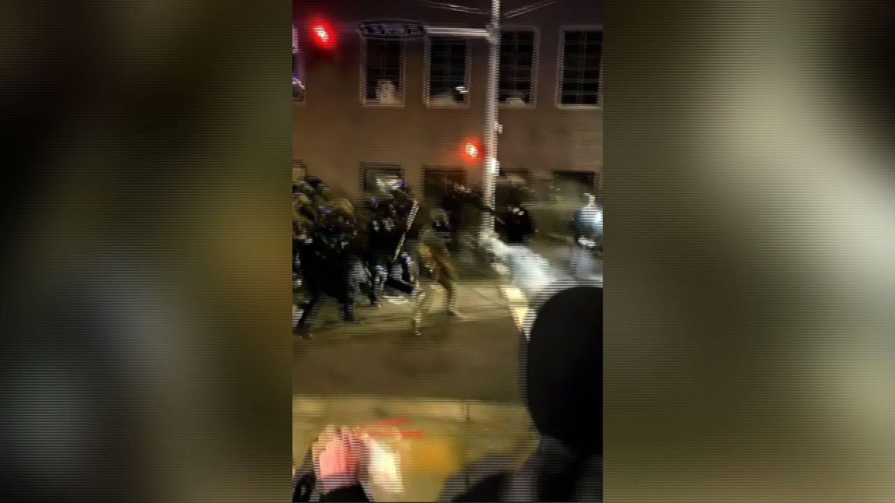 Protesters and police clash in Portland, Oregon