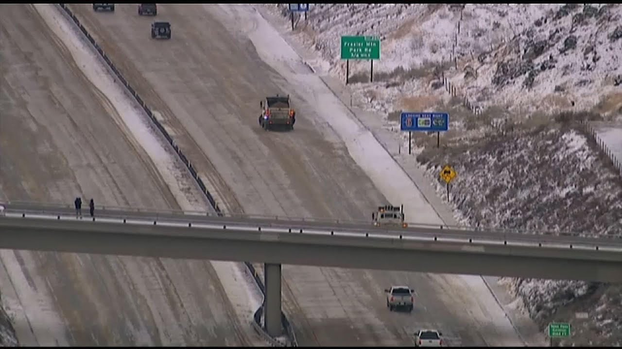 Winter storm hits US southwest, slowing travel