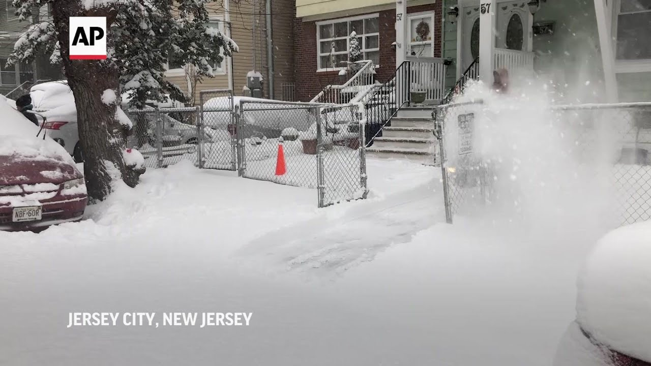 Heavy snow hits New Jersey
