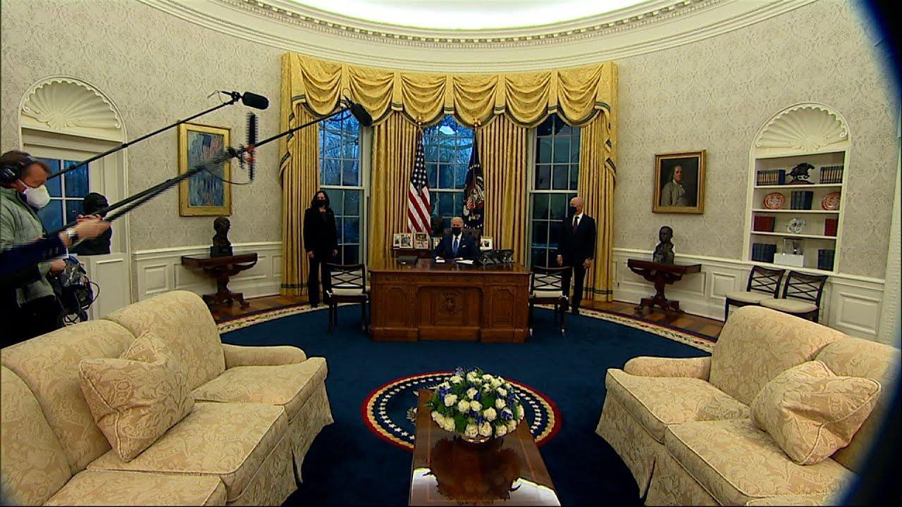 Biden pays tribute to slain FBI agents