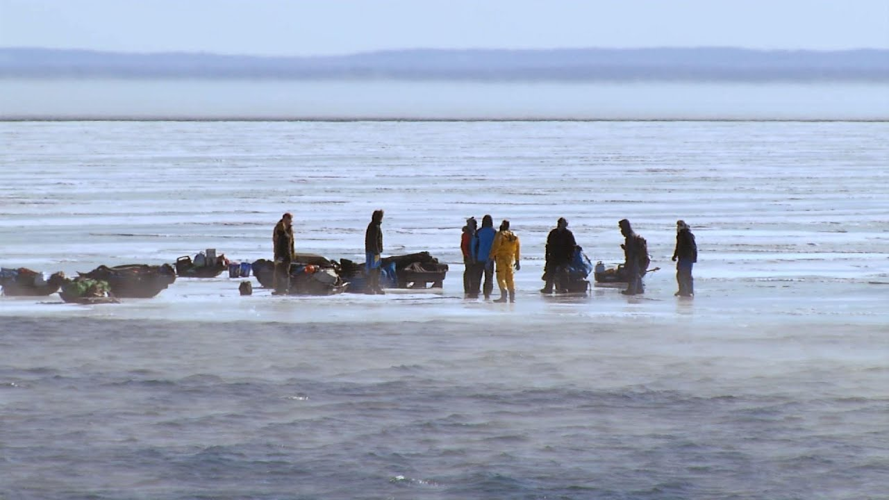 Fishermen rescued from ice on Lake Superior