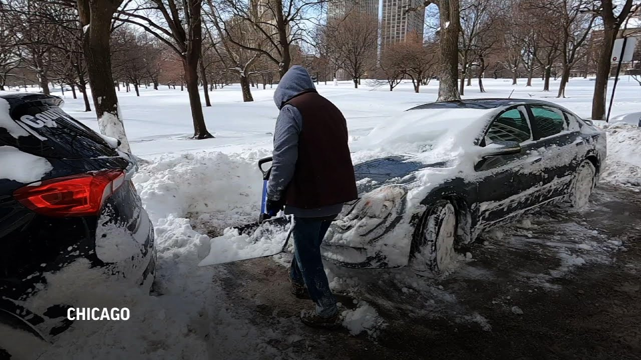 Winter storm buries Chicago in 16 inches of snow