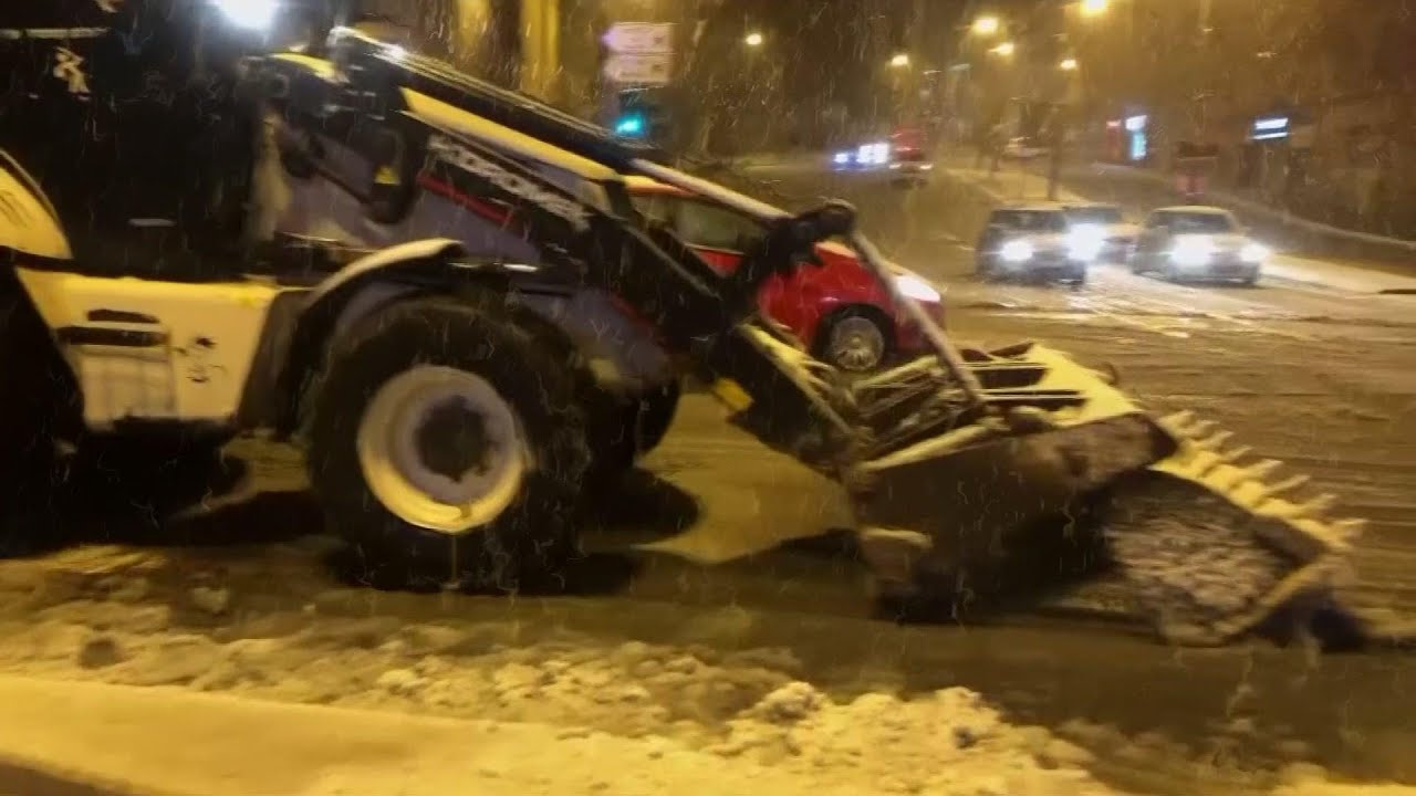 Snow in Jerusalem as extreme weather hits Mideast