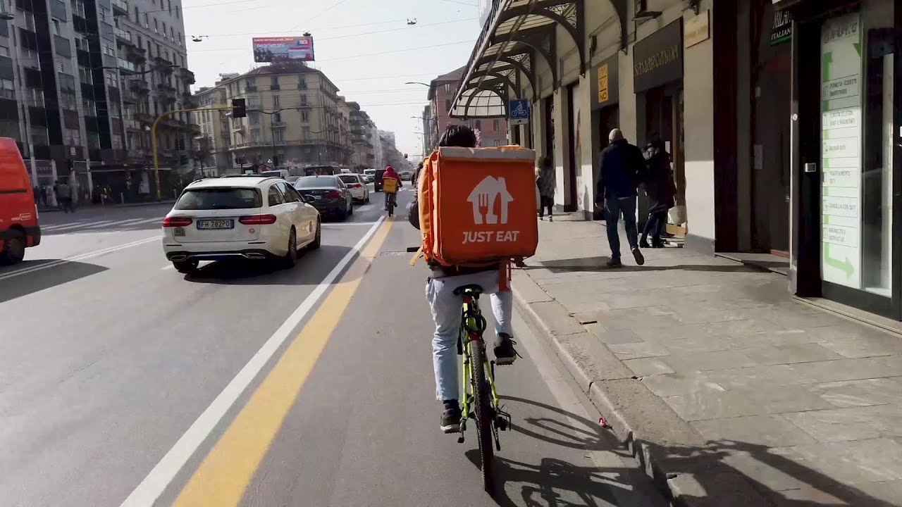 Italy goes after food delivery companies