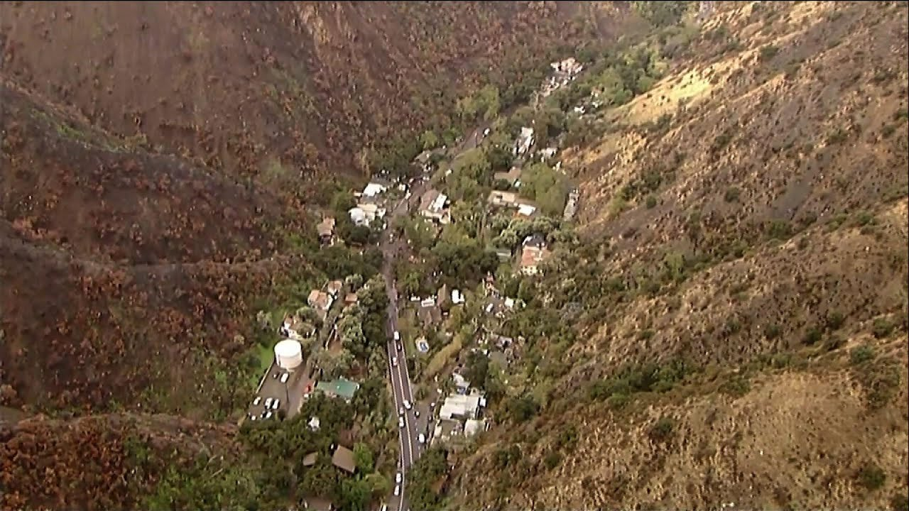 Mudslide seen in rain soaked S. Calif. burn area