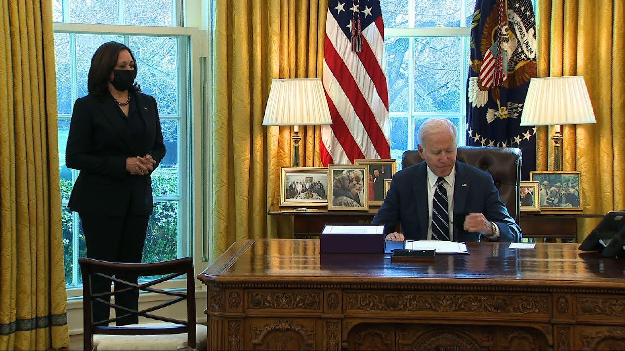 Biden signs $1.9 trillion COVID relief bill