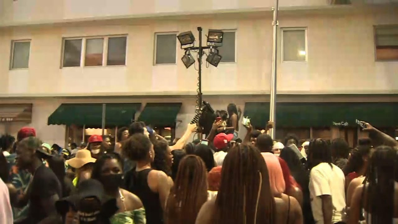 Miami Beach curfew forces crowds out of streets