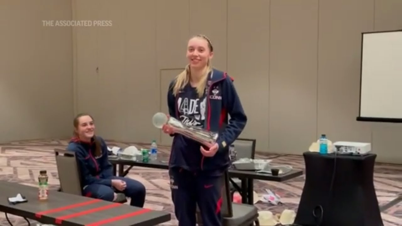 UConn's Bueckers is AP women's player of the year