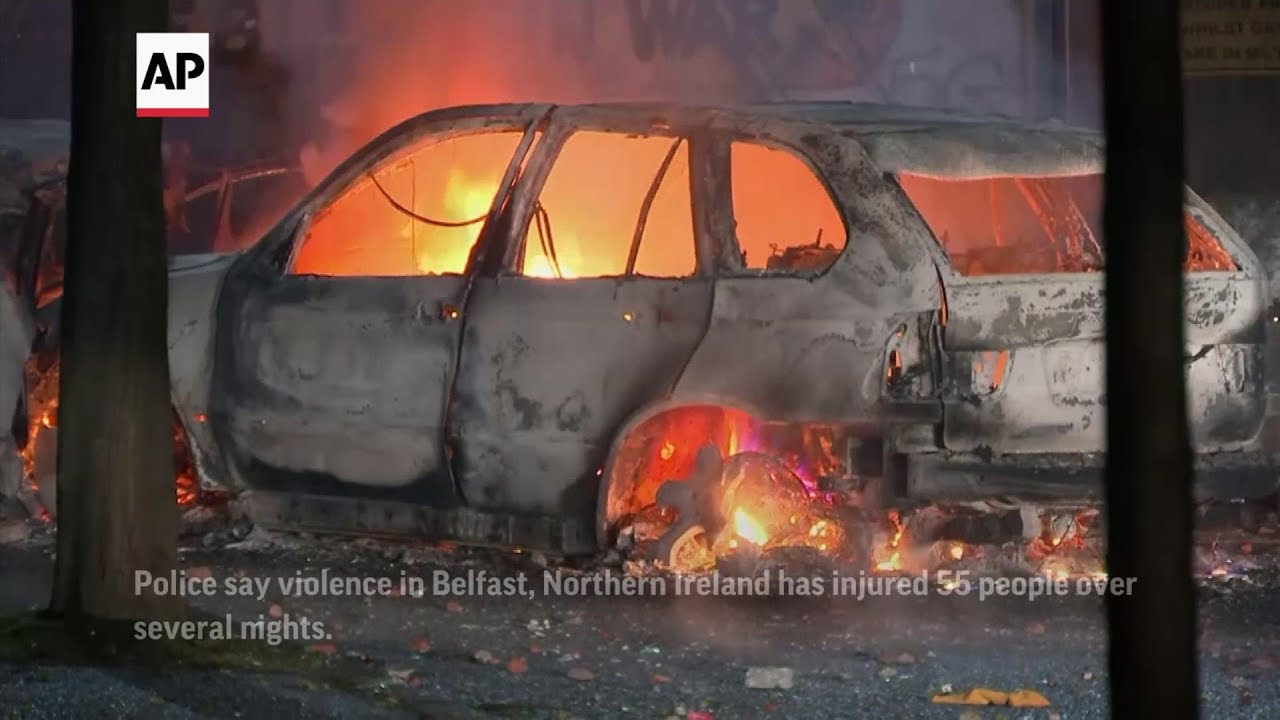 Police out in force as Belfast violence continues