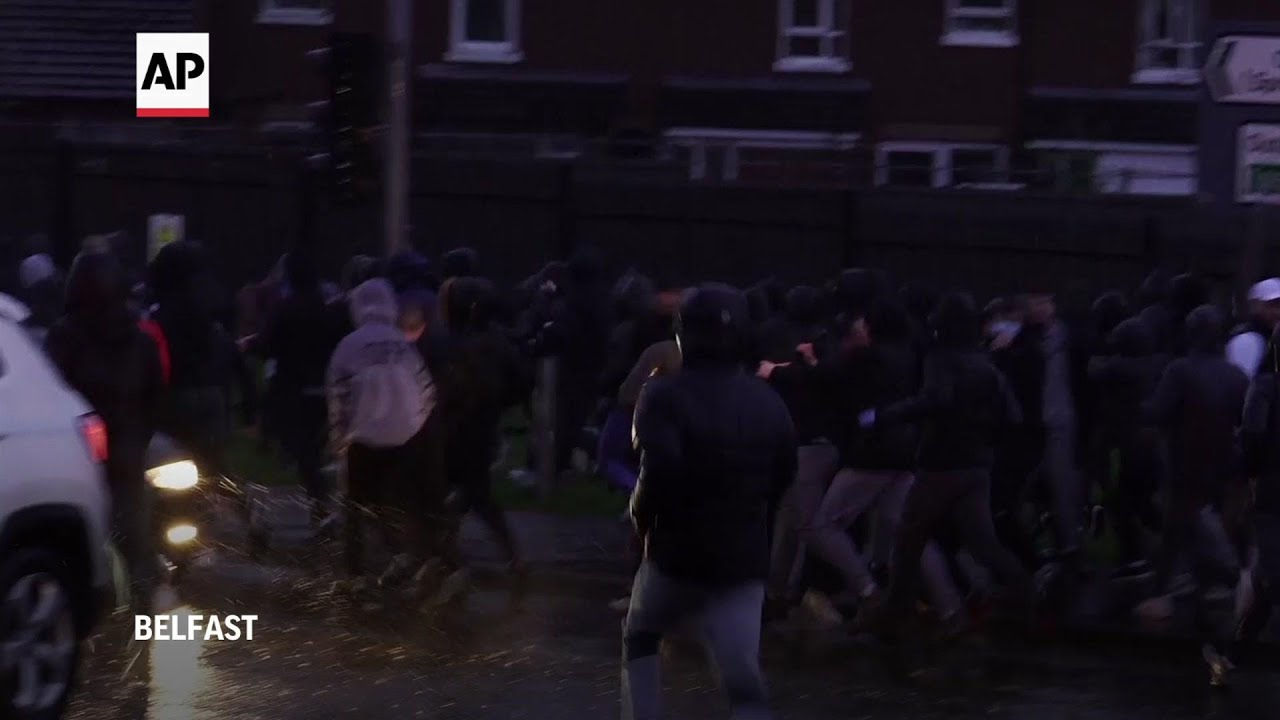 Water cannon deployed as Northern Ireland clashes flare