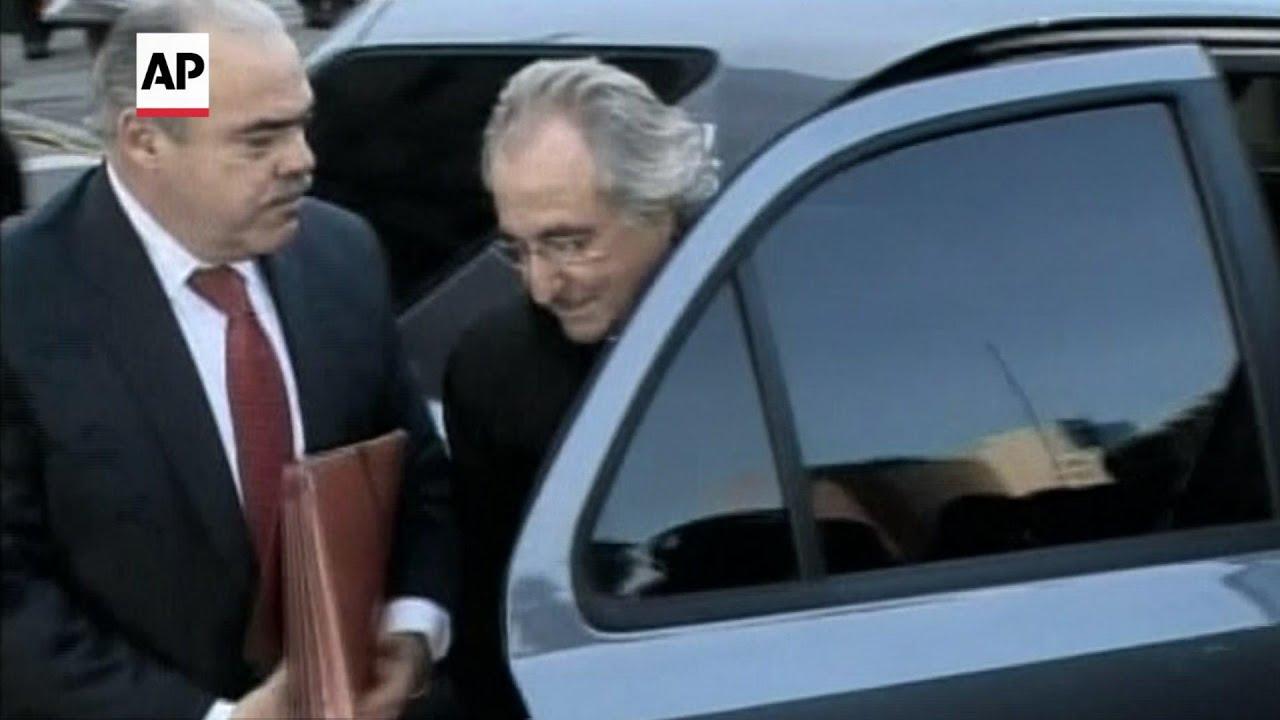 Ponzi schemer Bernard Madoff dead at 82