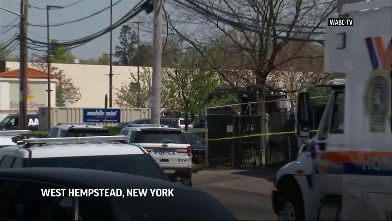 1 killed, 2 wounded in shooting at NY grocery store