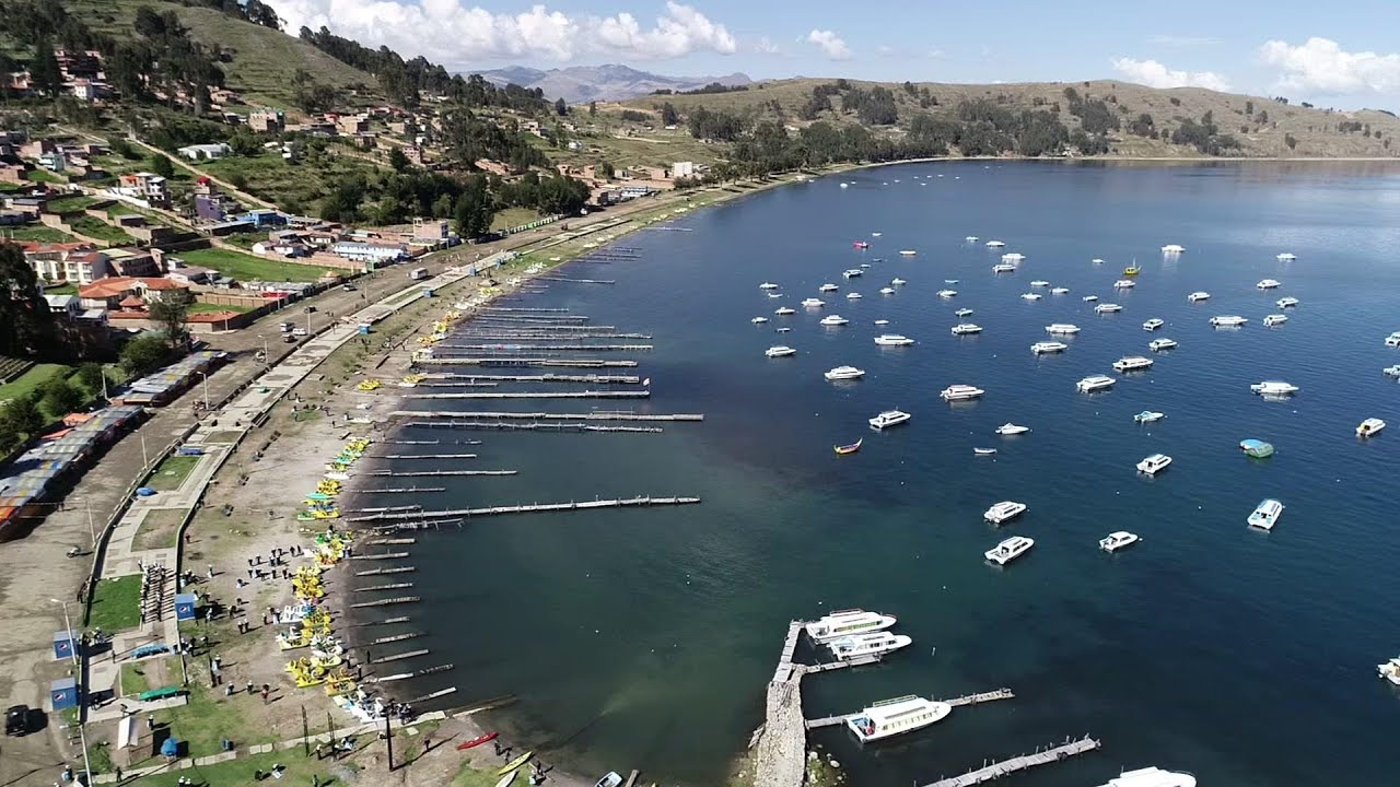 Earth Day cleanup for Titicaca Lake